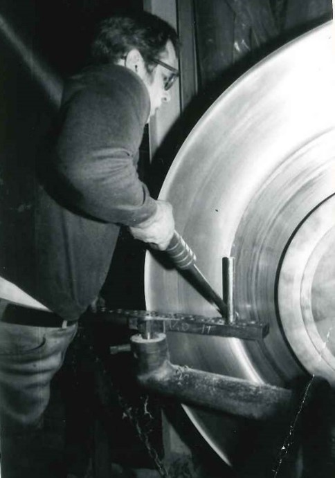 Manual Metal Spinning 1960s